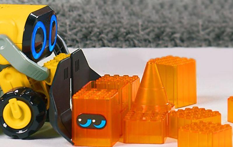 wowwee-botsquad-joe-plow-robot